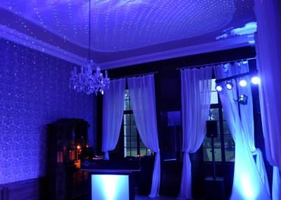 kleines Hochzeit Packet mit indirekter LED Beleuchtung und Laser Sternenhime